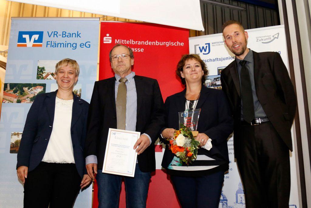 Preis der jungen Wirtschaft für die B.K.R Beelitzer Kies und Recycling GmbH & Co Agroline Trebbin KG