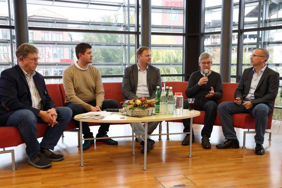 Podiumsrunde mit Hans-Hermann Specht, Phillip Kliem, Mario Schwanke, Reinhard Freydank und Johann Meierhöfer (von links)