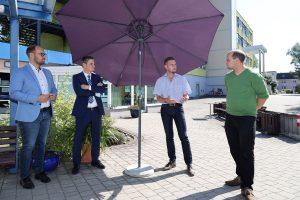 Christian Gabriel und Alexander Sadzio (von rechts) leiten das Unternehmen